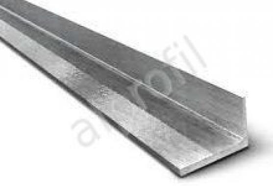Угол алюминиевый 10*20*1,2
