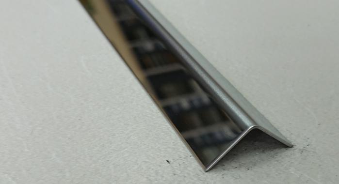 Угол нержавеющая сталь STK-40*40 (Нержавейка полированная)