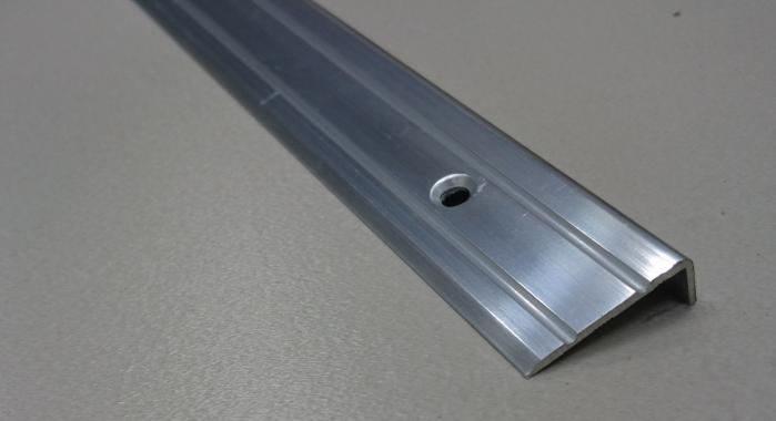 Порог алюминиевый угловой ПА-3 (Серебро глянцевое)