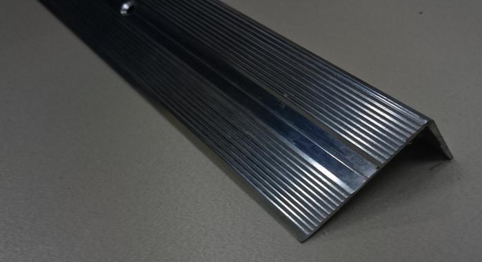 Порог алюминиевый угловой ПА-9 (Серебро глянцевое)