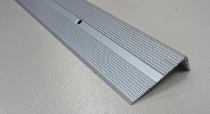 Порог алюминиевый угловой ПА-9 (Серебро матовое)