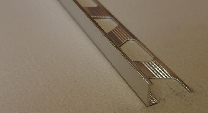 Профиль алюминиевый Г-образный AП-10 (Серебро глянцевое)