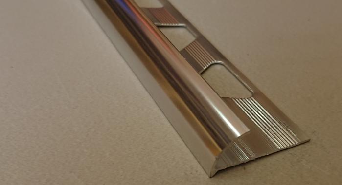 Профиль алюминиевый наружный НAП-8 (Серебро глянцевое)