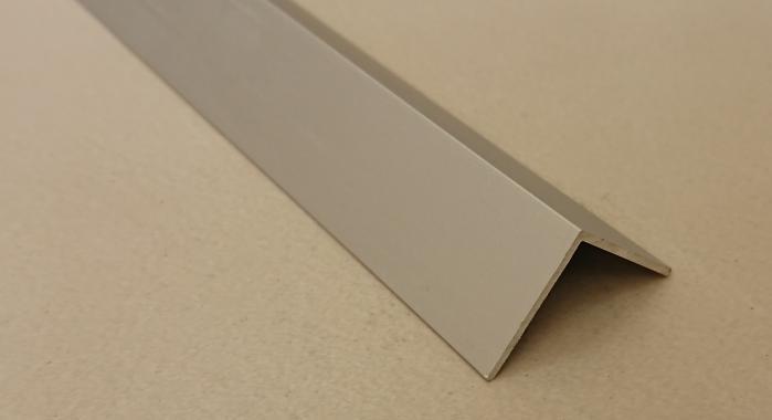 Угол алюминиевый ПА-30*30 3м (Серебро матовое)