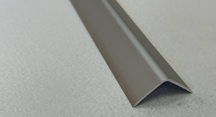 Угол алюминиевый ПА-30*30 (Шампань матовая)
