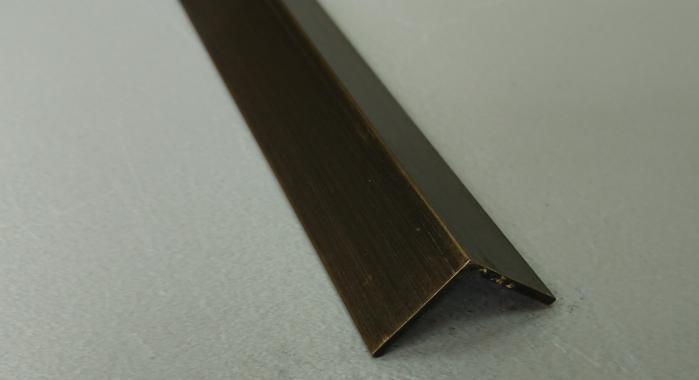 Угол латунный ПЛ-20*20 (Латунь античная бронза)