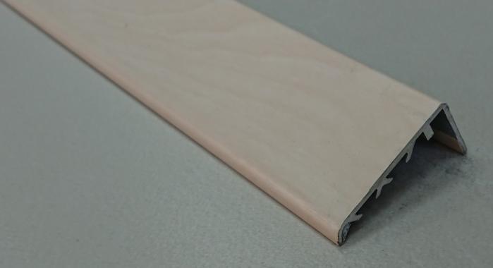 Порог ламинированный угловой М-40*20 (Дуб белый)